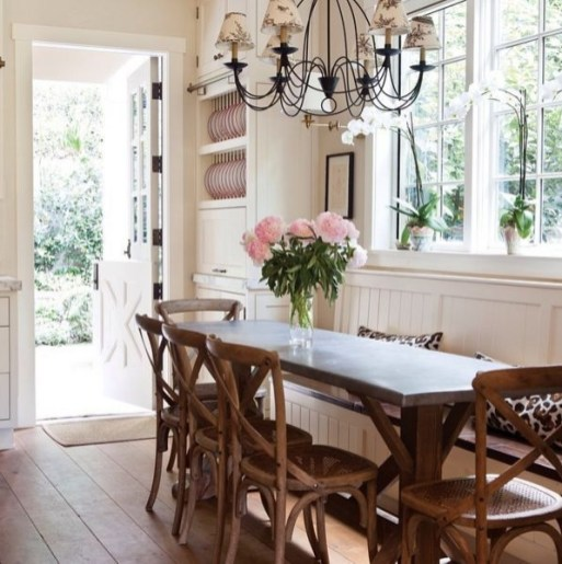Interesting Dinning Table Design Ideas For Small Room14