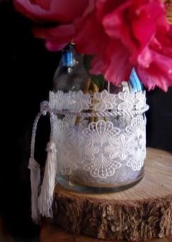 Lovely Window Design Ideas With Vase Flower Ornament38