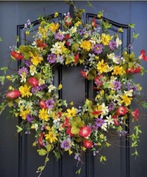 Pretty Hang Wreath Ideas In Door For Summer Time 17