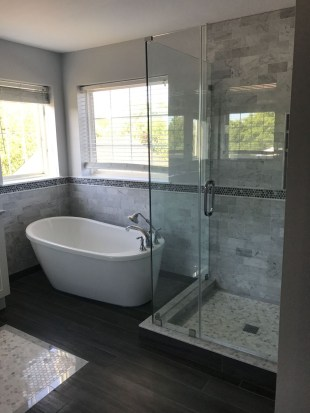 Smart Remodel Bathroom Ideas With Low Budget For Home 35