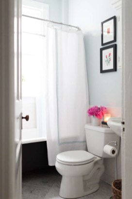 Smart Remodel Bathroom Ideas With Low Budget For Home 44