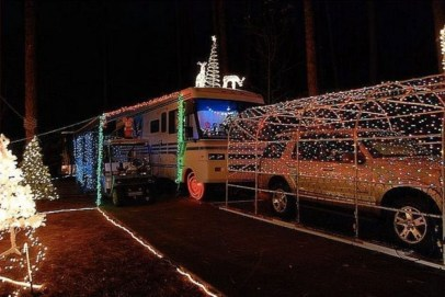 Splendid Christmas Rv Decorations Ideas For Valuable Moment15