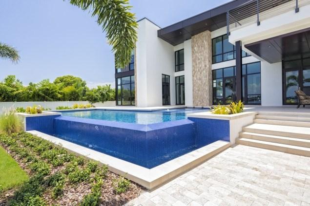 Stylish Swimming Pool Design Ideas09