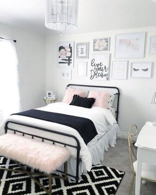 Unodinary Small Apartment Decor Ideas For Girls 24