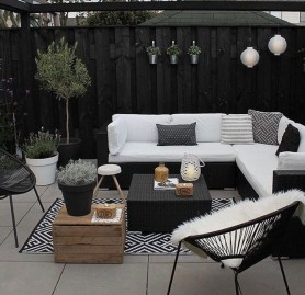 Wonderful Backyard Decorating Ideas On A Budget 29