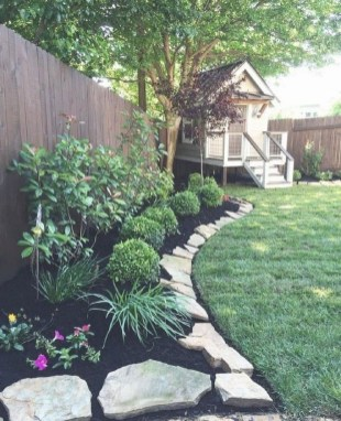 Amazing Front Yard Landscaping Ideas With Low Maintenance To Try41
