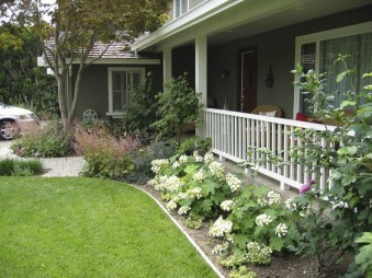 Awesome Front Yard Landscaping Ideas For Your Home This Year01