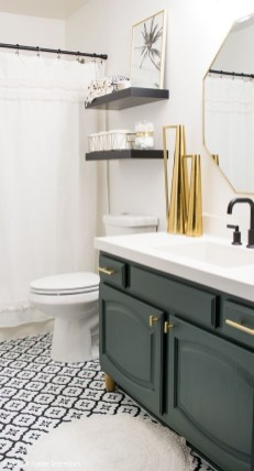 Cute Small Bathroom Decor Ideas On A Budget To Try15