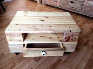 Fantastic Diy Projects Mini Pallet Coffee Table Design Ideas45