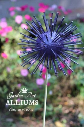 Inspiring Outdoor Metal Design Ideas For Garden Art You Must Try08