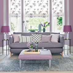 Modern Living Room Ideas With Purple Color Schemes18