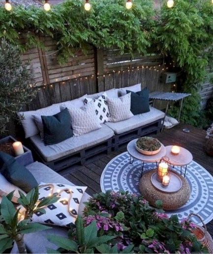 Modern Small Garden Design Ideas That Is Still Beautiful To See26