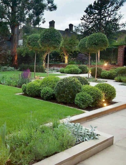Modern Small Garden Design Ideas That Is Still Beautiful To See42