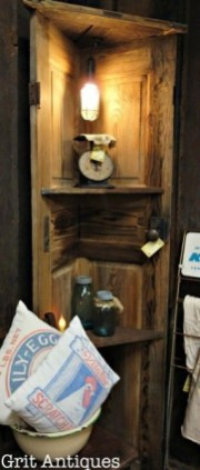 Newest Corner Shelves Design Ideas For Home Decor Looks Beautiful45