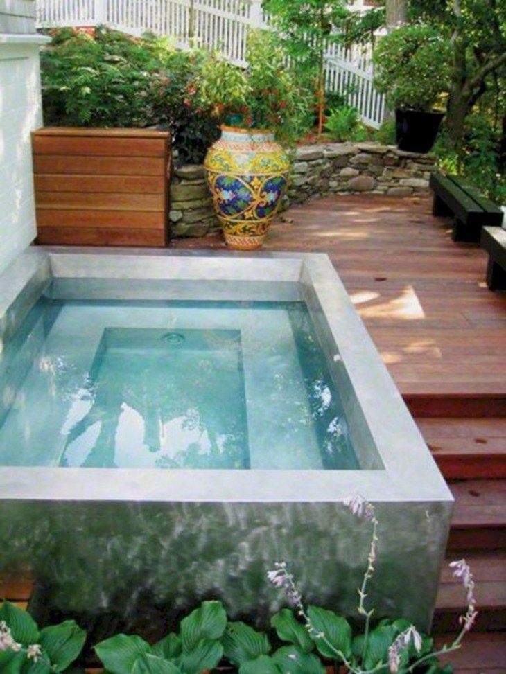 Affordable Small Swimming Pools Design Ideas That Looks Elegant30