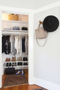 Best Minimalist Walk Closets Design Ideas For You06
