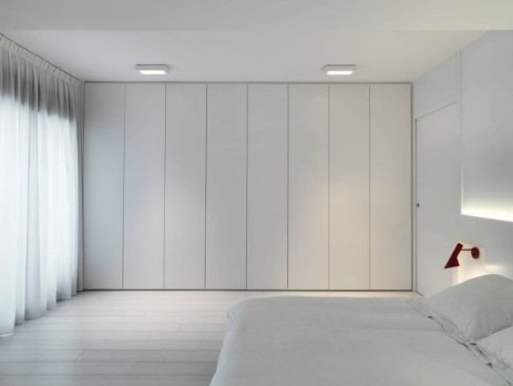 Best Minimalist Walk Closets Design Ideas For You09