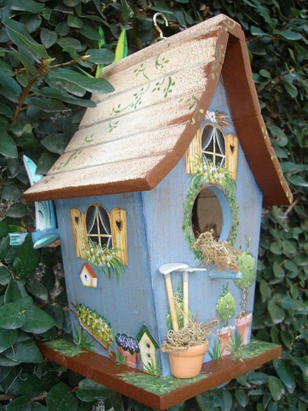 Elegant Bird House Ideas For Your Backyard Space29
