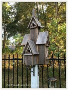 Magnificient Stand Bird House Ideas For Garden03