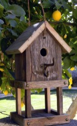 Magnificient Stand Bird House Ideas For Garden14