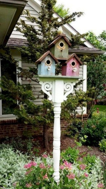 Magnificient Stand Bird House Ideas For Garden35