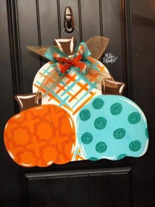 Popular Door Ornament Design Ideas For You32