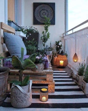 Popular Small Apartment Balcony Decor Ideas For You17
