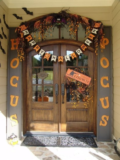 Stylish Outdoor Halloween Decorations Ideas That Everyone Will Be Admired Of13