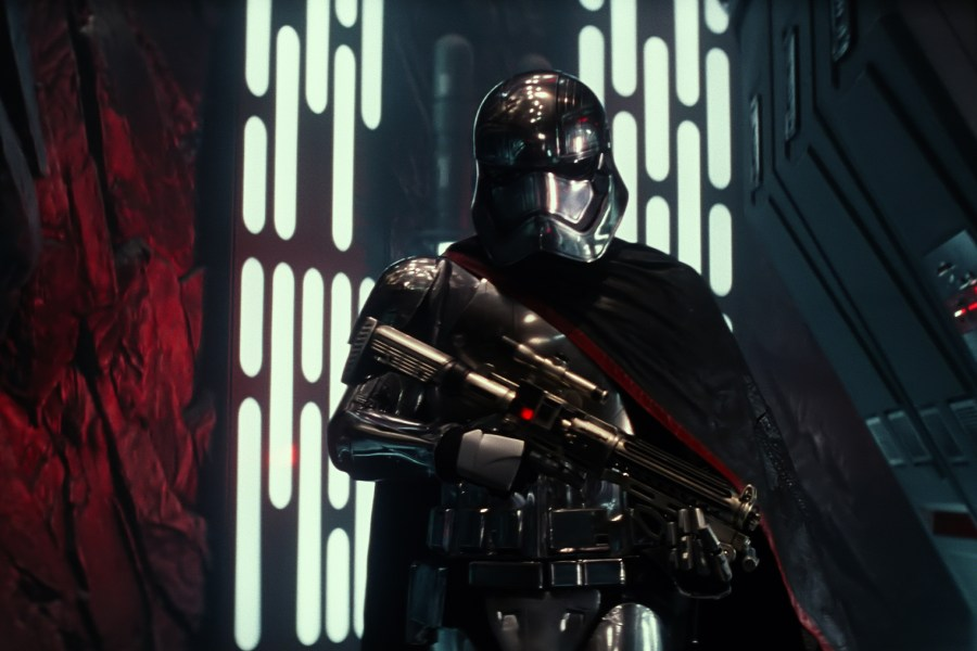 captain_phasma.0