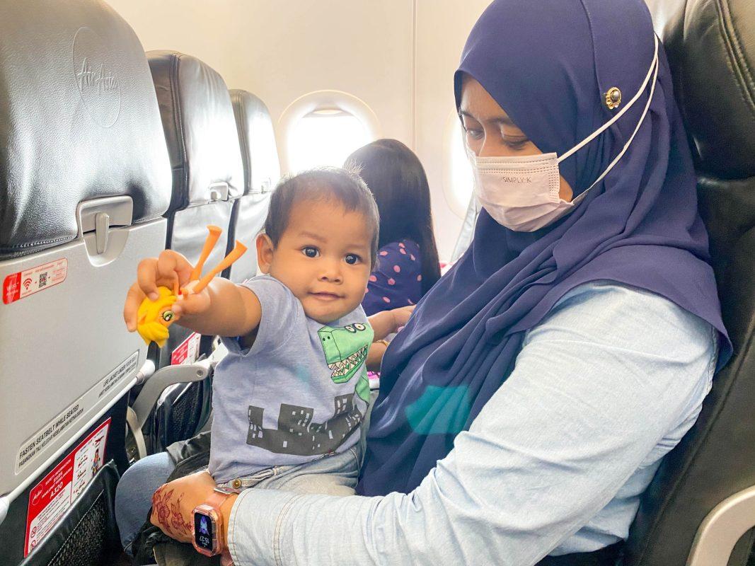 First time Aafy naik kapal terbang
