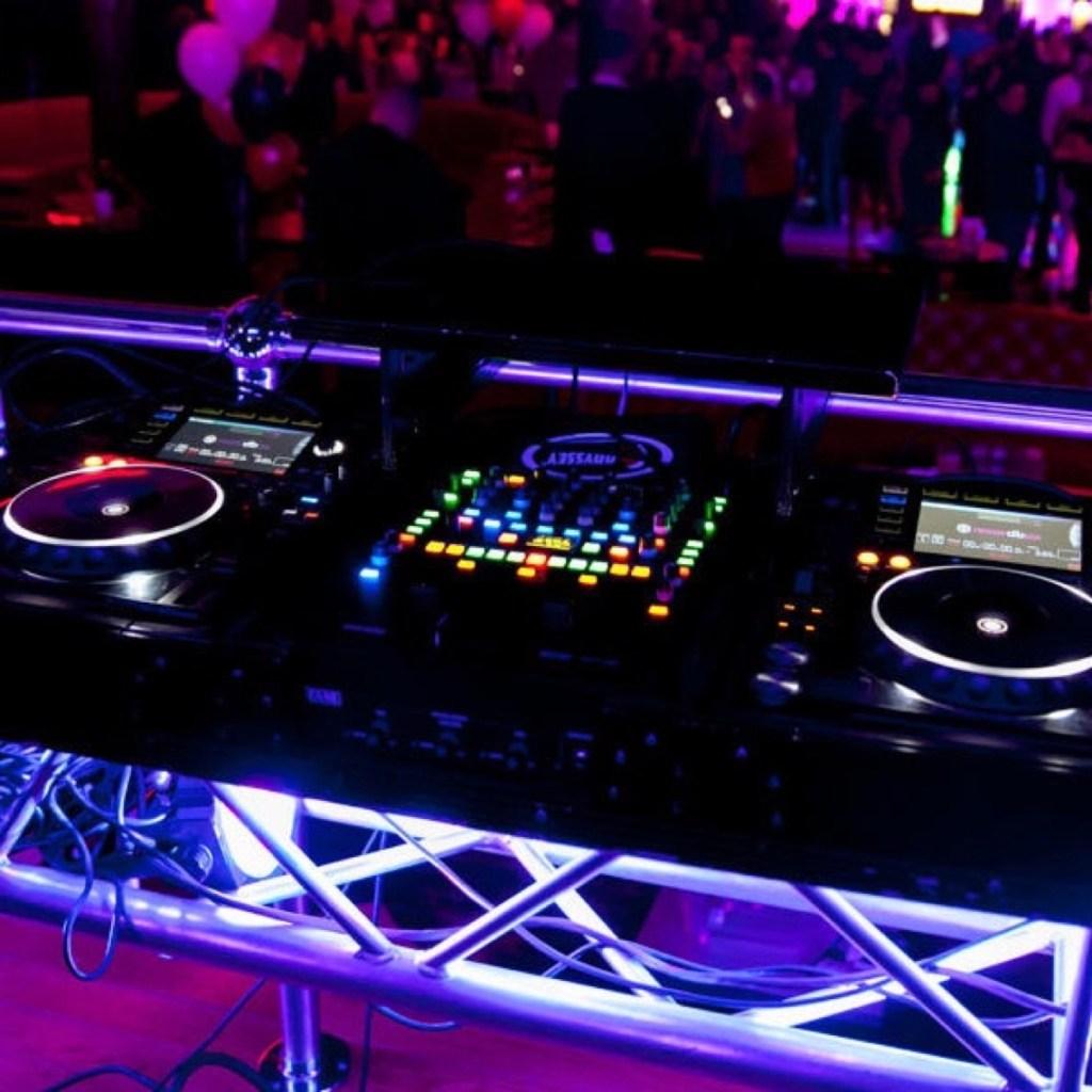 DJ_Booth